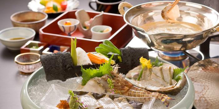 会席料理・しゃぶしゃぶ・すき焼2
