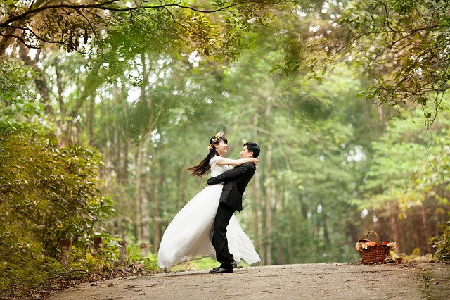 結婚相談所で結婚したカップル