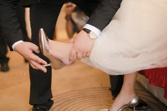 wedding-1356178_640