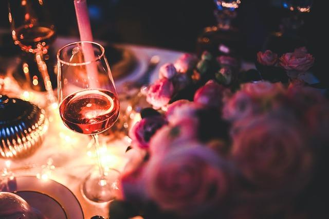 wine-791132_640