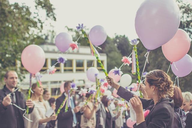 wedding-1571433_640