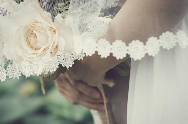 wedding-437969_640